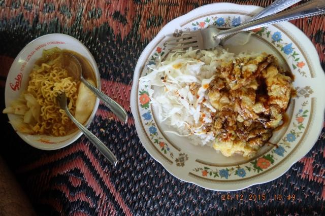"""Indomie dan nasi telur dadar """"paling enak sedunia"""""""